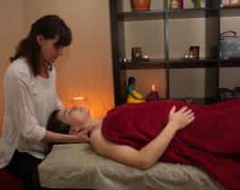 Восстанавливающий массаж на базе техники японского массажа лица